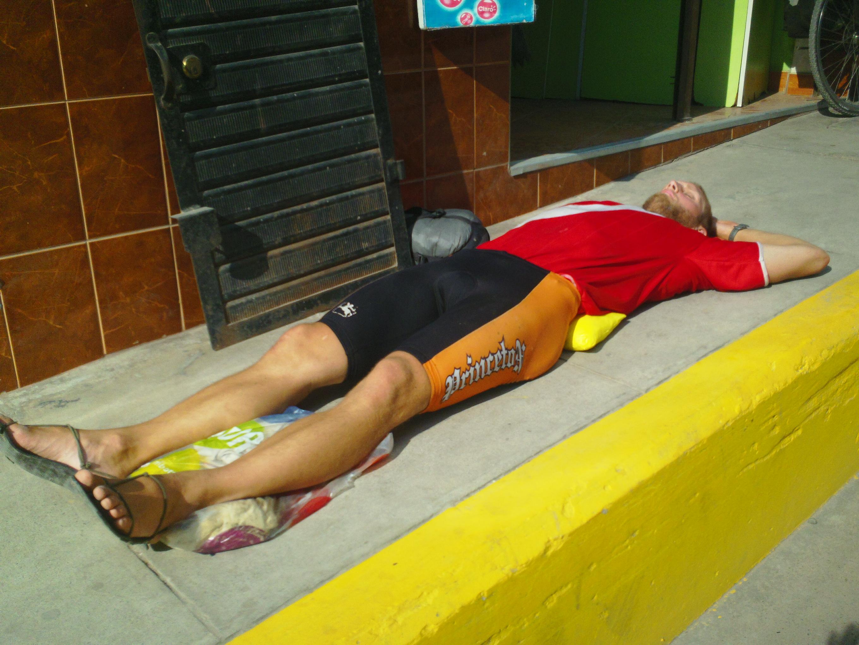 Sleeping Without A Mattress Posture Movement Pain